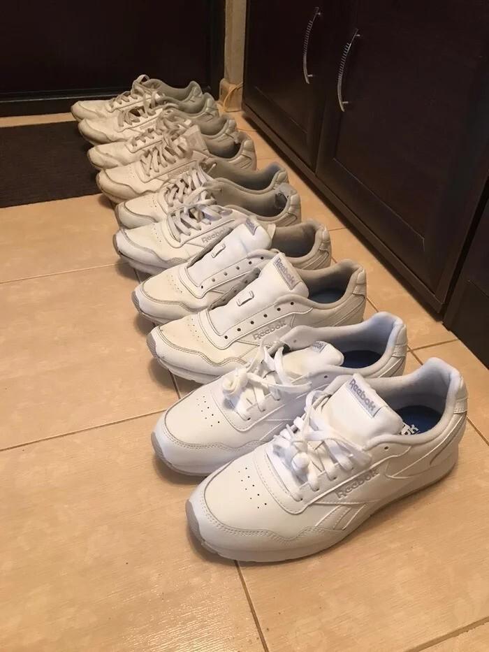 9. Встречают по одежке. Если вы не знали, то именно таким образом обновляется обувь 35-летних мужчин