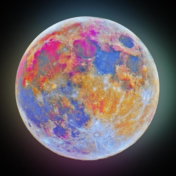 19. Снимок Луны с ультрафиолетовым и инфракрасным фильтрами