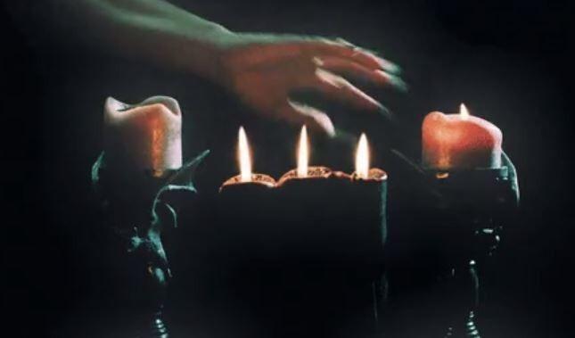 8. Свечи ежегодно вызывают более 15 000 пожаров в домах.
