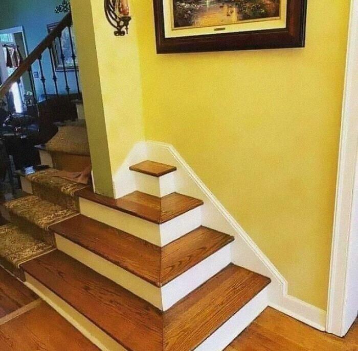 21. Крошечная лестница в никуда