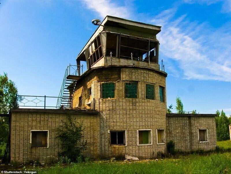 Бывший командный пункт зенитных ракетных войск, расположенный в деревне Морье, Ленинградская область