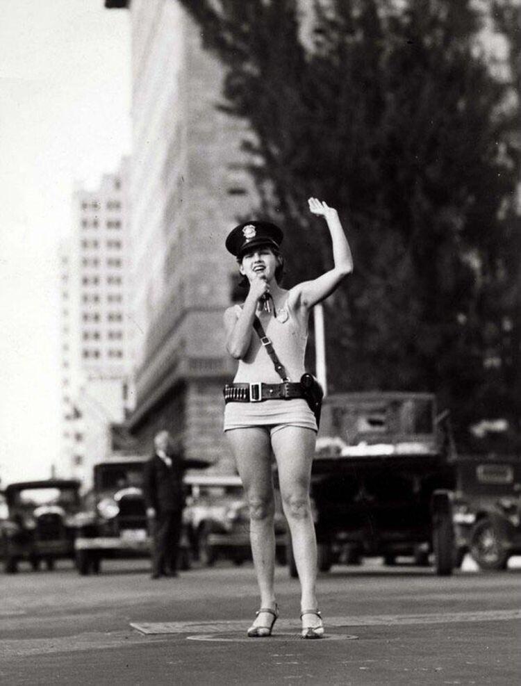 Регулировщик движения, Майами, 1931 год