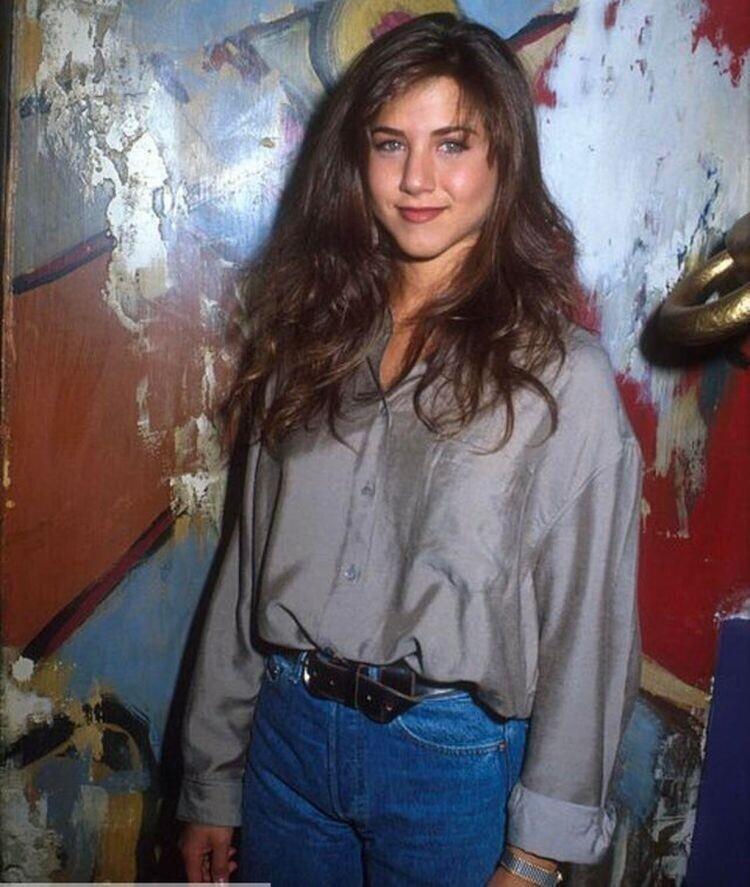Фотография Дженнифер Энистон, сделанная до того, как она стала знаменитой, 1990 год