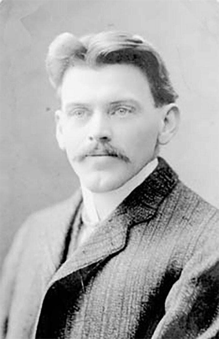 4. Диспетчер поездов Винс Коулман пожертвовал своей жизнью, чтобы спасти сотни людей. Он предупредил о мощном взрыве судна поблизости