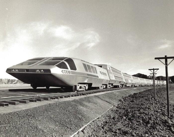 В 1979 году в США запустили Supertrain — суперпоезд с ядерным двигателем из Нью–Йорка в Лос–Анджелес