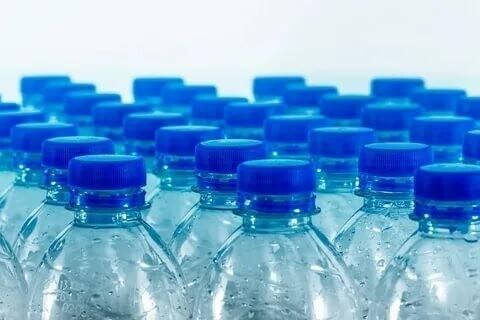 """""""Производители обычной питьевой бутилированной воды"""""""