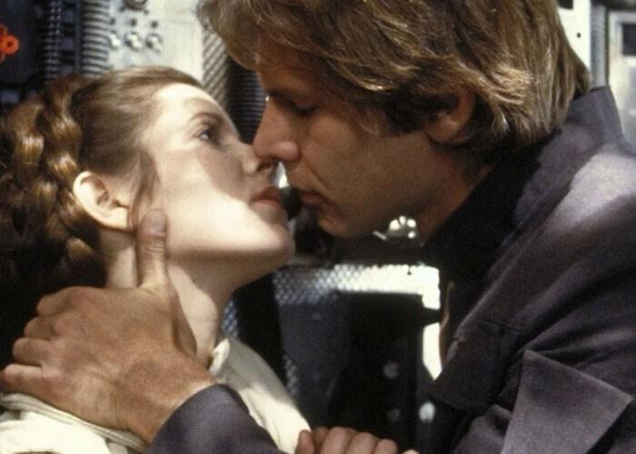 """""""Когда парень с девушкой ссорятся, и он целует ее, чтобы она замолчала. В жизни за такое можно и схлопотать"""""""
