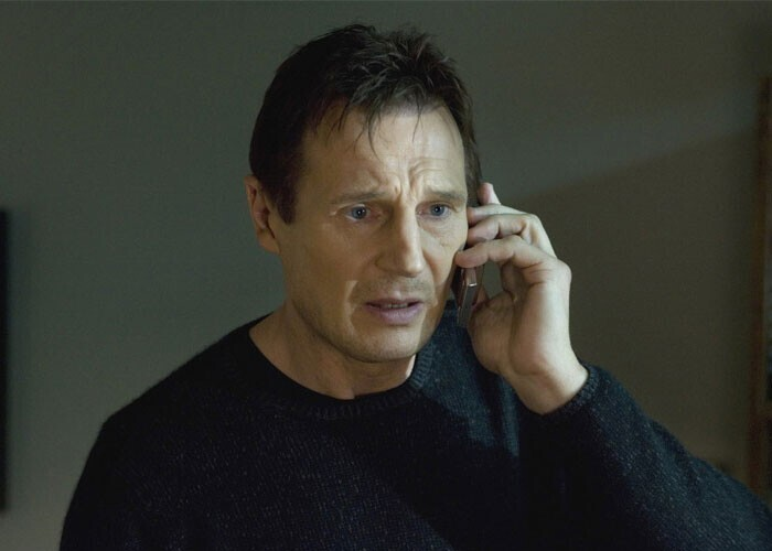 """""""Героям всегда звонят по делу. Почему-то к ним не приходит ни одного звонка от спамеров и жуликов"""""""