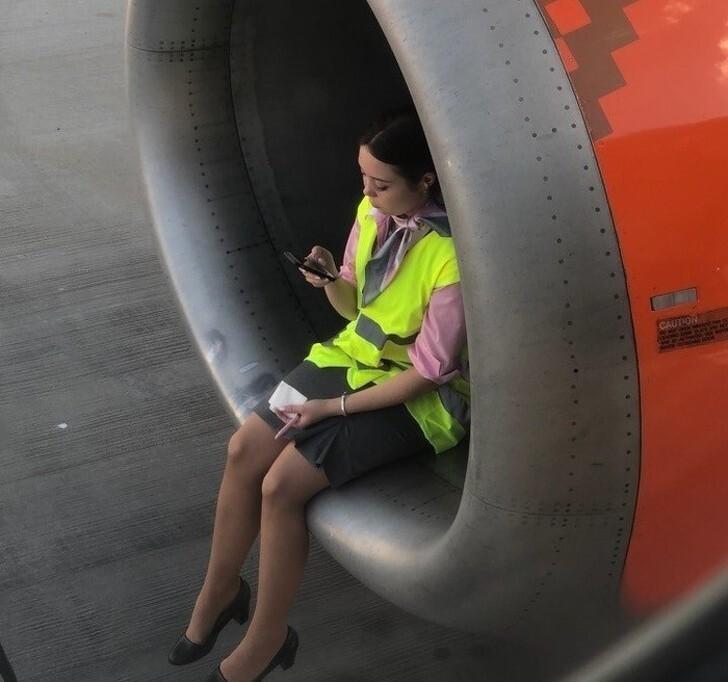 Лучший способ показать безопасность самолёта