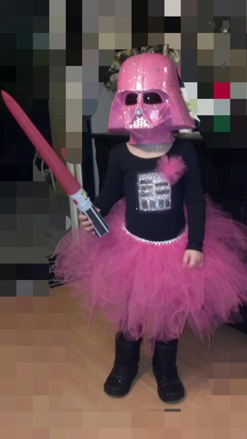 Она сама придумала себе костюм