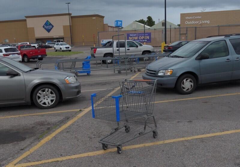 7. Чаще всего люди ведут себя по-хамски в супермаркетах