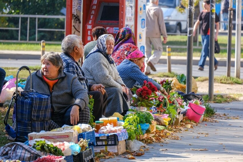 В Татарстане бабуле со смородиной выписали штраф на три тысячи