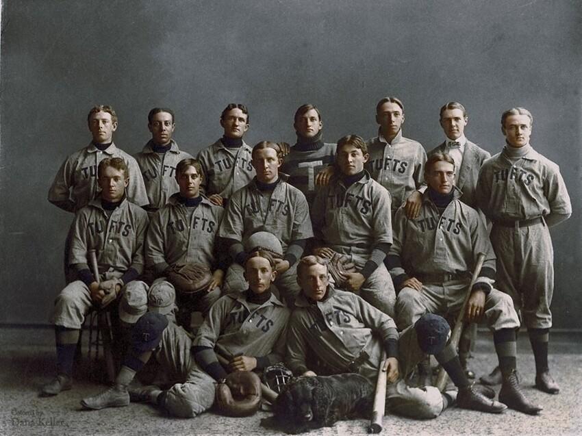 23. Студийный портрет бейсбольной команды университета Тафтса, 1890 год