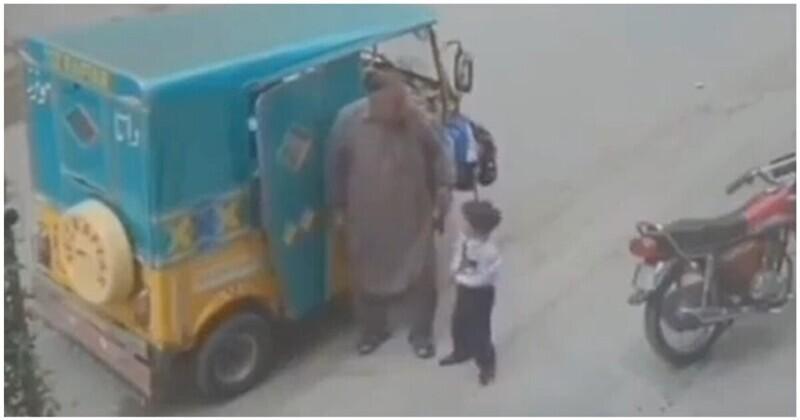 Угнать за 20 секунд: эпизод из жизни многодетного отца из Индии