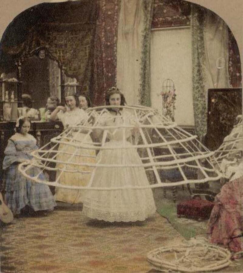Мода на кринолины убила тысячи женщин