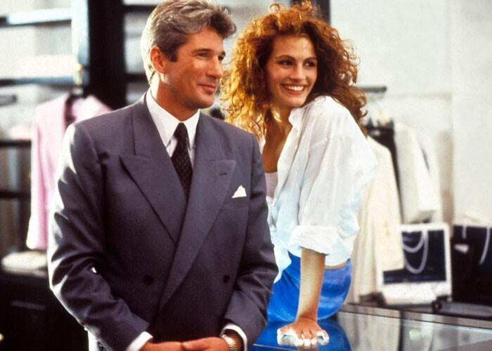 """В оригинальном финале """"Красотки"""" персонаж Ричарда Гира выбрасывает Джулию Робертс из своего лимузина в грязном переулке, и кидает ей 3000 долларов"""
