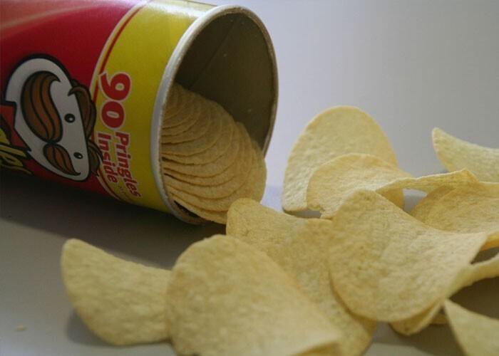 Procter & Gamble годами доказывали, что чипсы Pringles - не картофельные. Но Верховный суд Великобритании постановил, что они картофельные, требуя, чтобы Procter & Gamble заплатили 160 млн долларов налогов