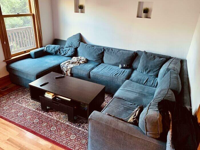 """""""Мой друг волновался, что этот диван не войдет в его комнату - а получилось идеально"""""""