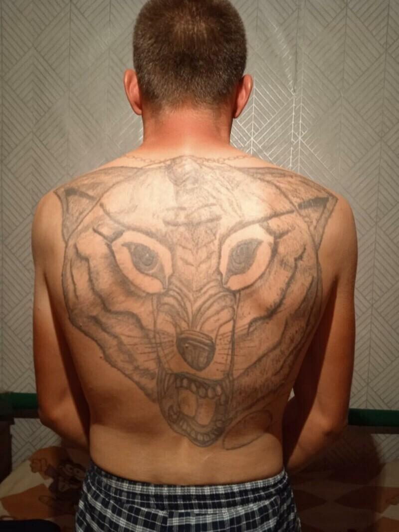 """1. Татуировка - неотъемлемый атрибут современного """"бандюгана"""""""