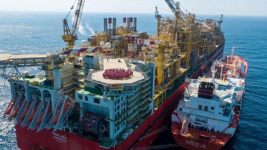 Плавучий завод Prelude — самое необычное и большое судно в мире