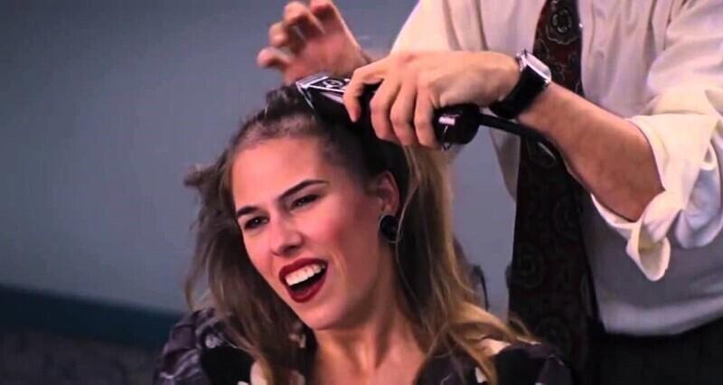 """Актриса в """"Волке с Уолл-Стрит"""" (2013) не использовала парик в сцене, где ей бреют голову. Режиссеры даже удивились ее смелости"""
