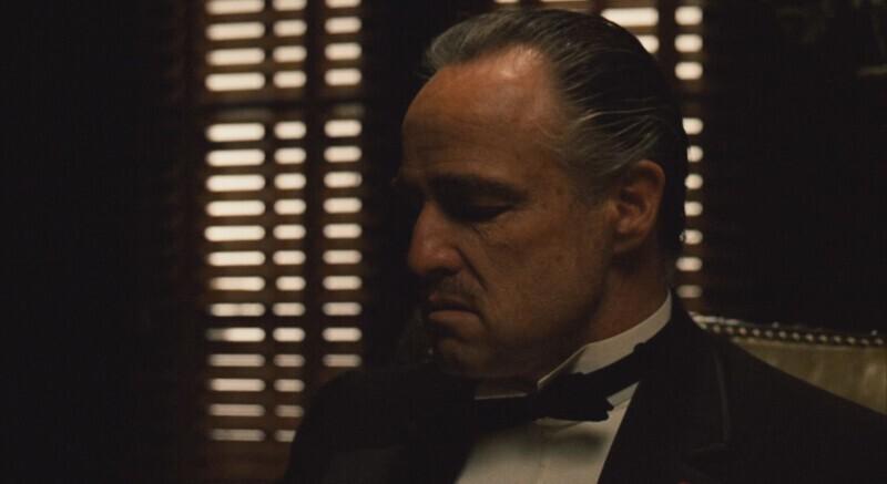 """В фильме """"Крёстный отец"""" (1972) Аль Мартино, исполнивший партию певца Джонни Фонтейна, получил роль благодаря помощи со стороны мафии и гангстера Рассела Буффалино. Правда, большая часть сцен с ним была вырезана из-за негодования певца Фрэнка Синатры"""