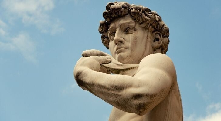 Микеланджело жил в бедности