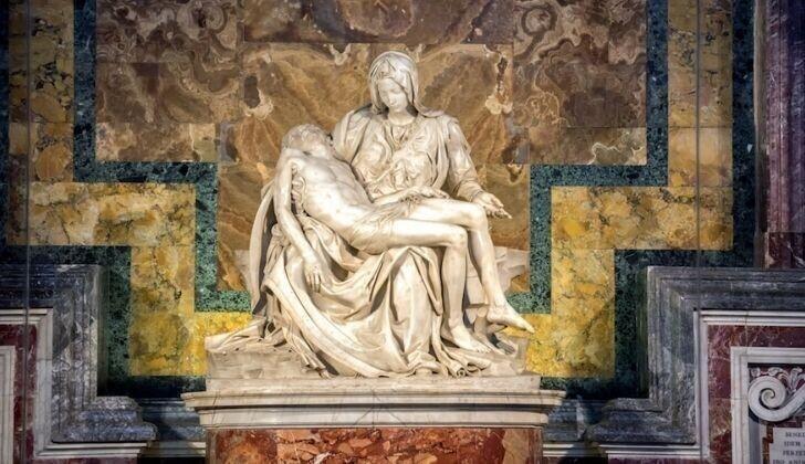 Микеланджело включил себя в роспись Сикстинской капеллы