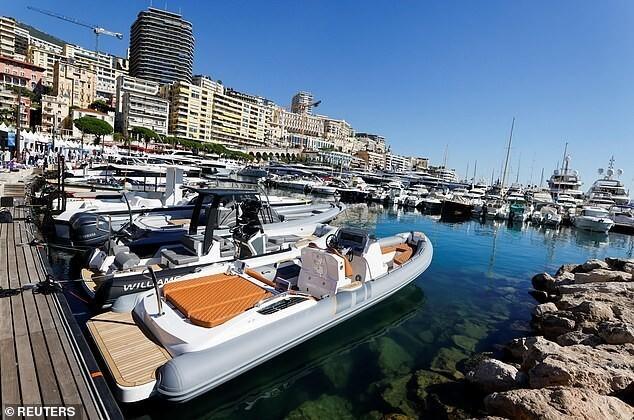 Самые роскошные яхты мира собрались в Монако