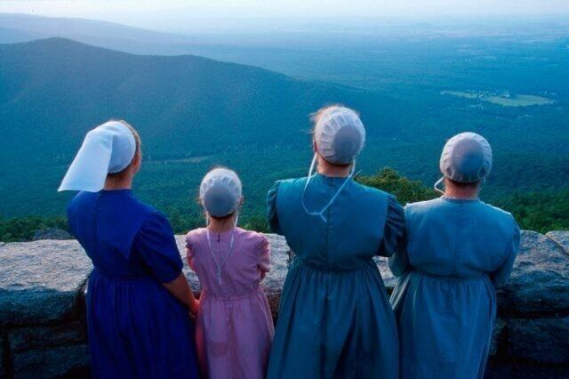Женщины в синем