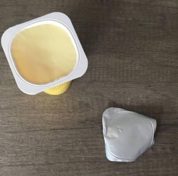 Ни одна капля йогурта не прилипла к крышечке