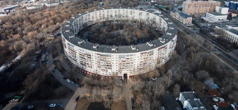 Как Москва обзавелась домами в форме кольца