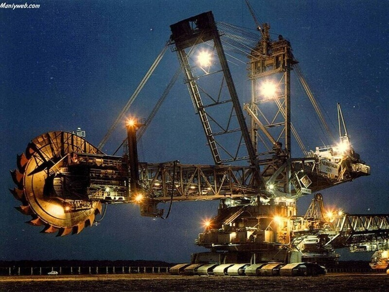 Экскаватор Bagger 288 - крупнейший в мире