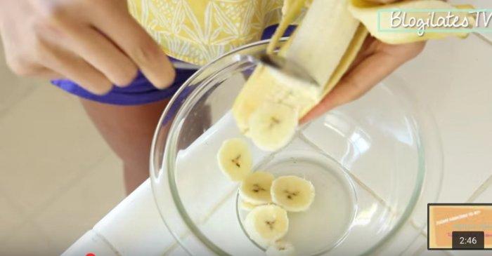 Она смешала яйца с бананами… То, что получилось, ты непременно захочешь приготовить на завтрак!