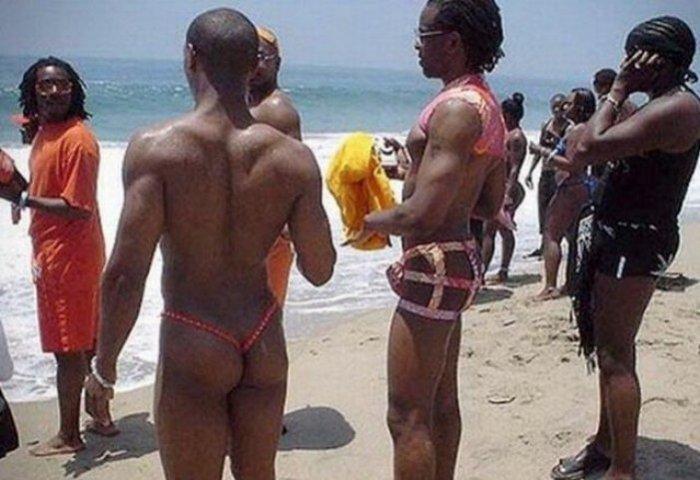Много маразма и...Хит - парад мужских купальников (18+)