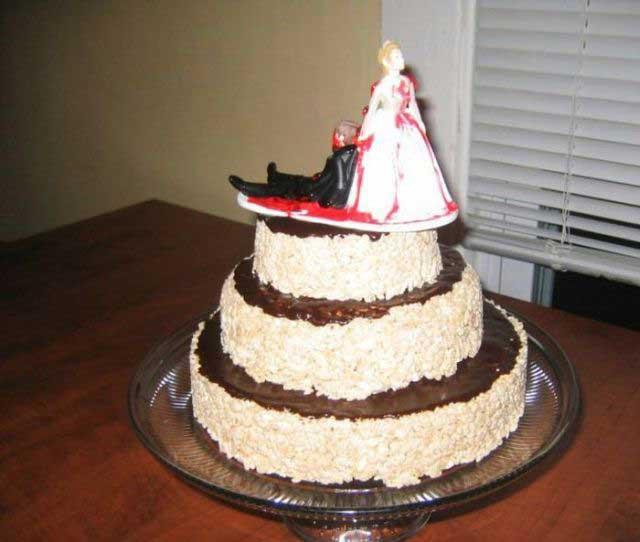 Ааа, это просто самые ужасные торты в истории человечества! Это еще и свадебные торты!