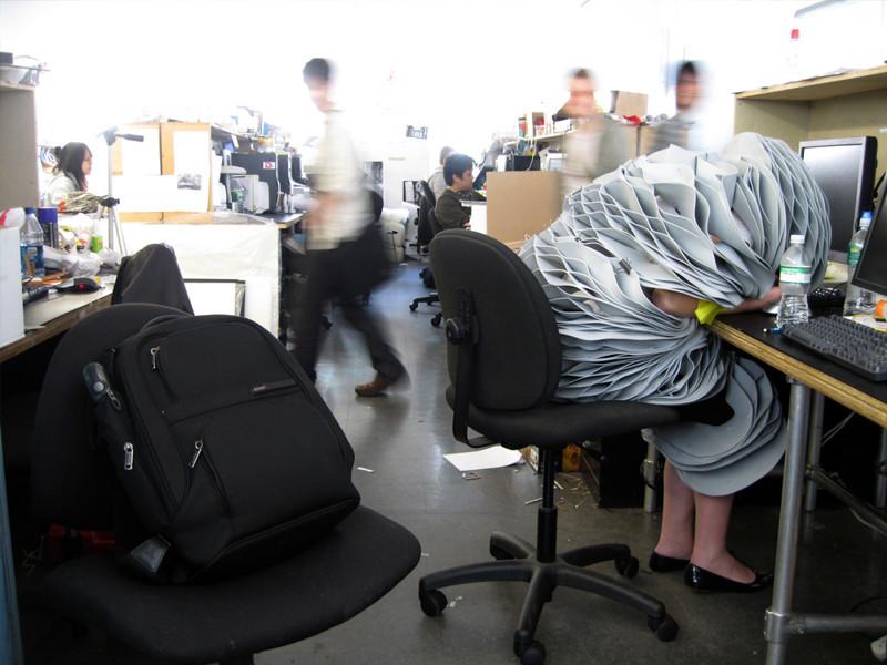 Этот неловкий момент, когда ты устал от работы!