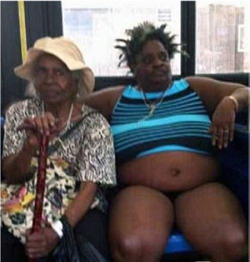 Эти женщины и их наряды вас немного шокируют!