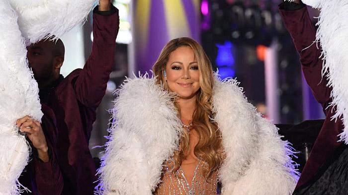 Мэрайя Кэри опозорилась на Таймс-сквер на главном новогоднем шоу Нью-Йорка