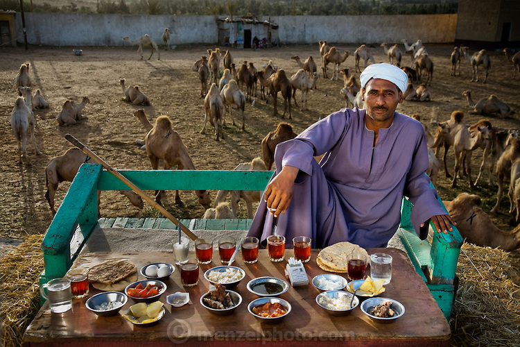 """""""Вокруг света за 80 диет"""" или как фотограф по всему миру в кухни заглядывал"""