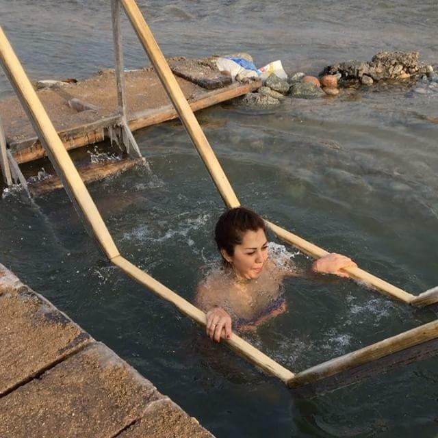 С крещенскими купаниями, друзья!!!