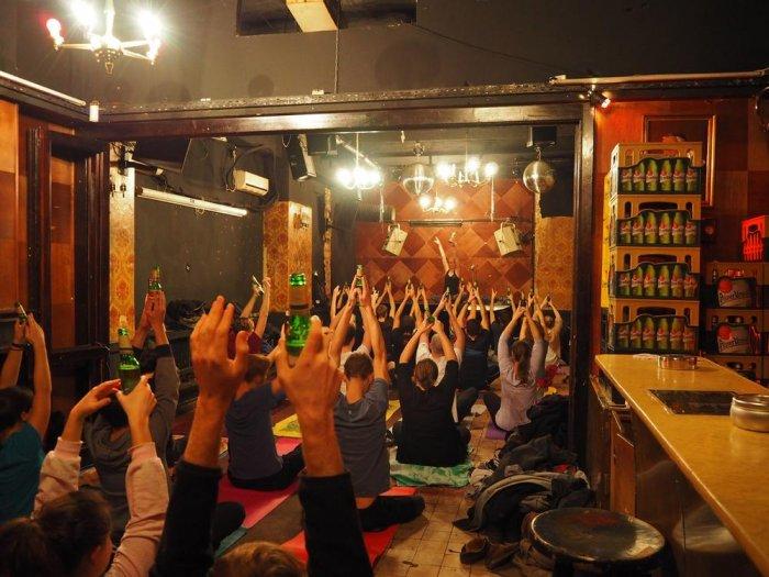 Пивная йога - вот это по-нашему!