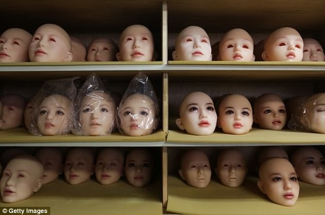 Фабрика любви: фотоотчет о работе старейшего в Японии производителя секс-кукол