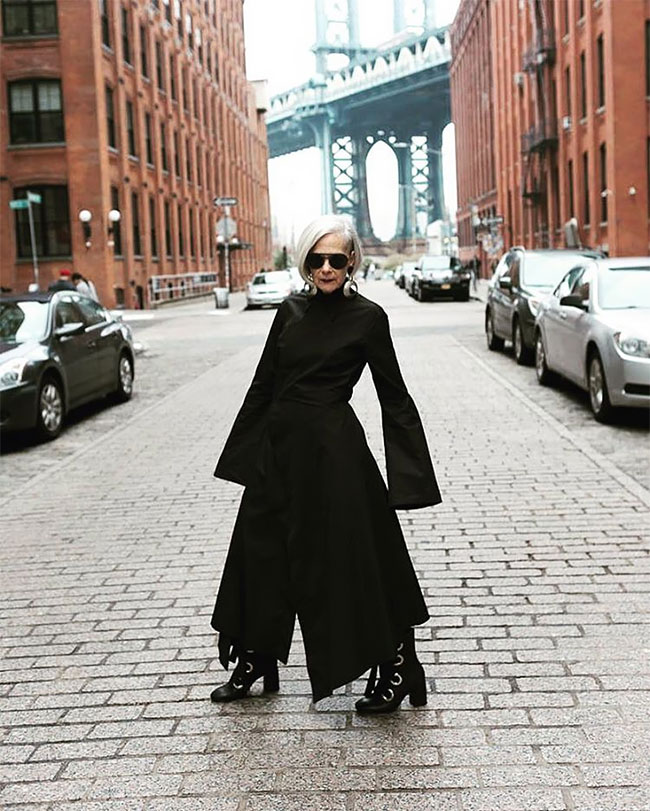 Журналисты приняли обычную учительницу за известного дизайнера одежды