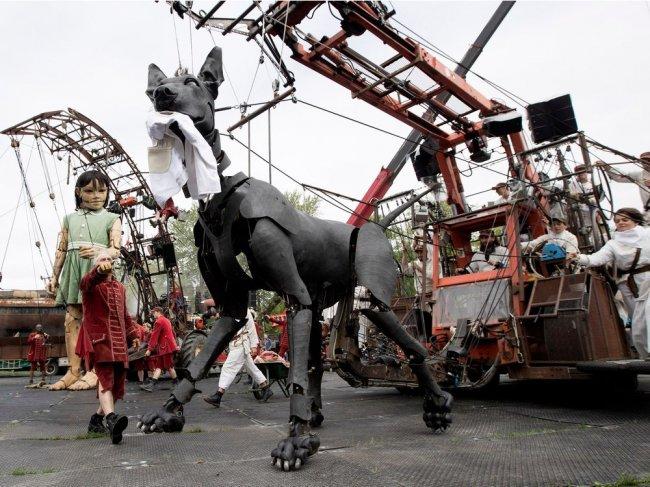 Грандиозный парад гигантских марионеток и 375-я годовщина Монреаля