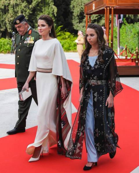 Та, которая могла бы побороться за звание самой популярной женщины в своей стране с принцессой Дианой