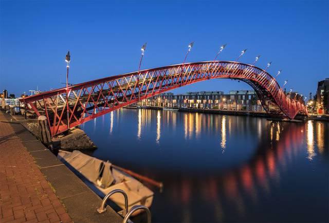 Самые необычные мосты в мире