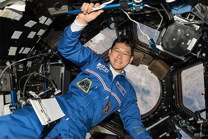 Японский астронавт за три недели вырос на девять сантиметров