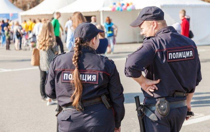 """Полицейским разрешили """"участвовать"""" в съемках порнографии"""