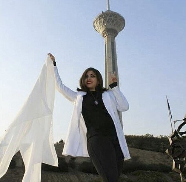 Иранки восстали против хиджабов